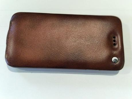 Noreve Shop for Luxury Leather Cases For Mobile Devices: I got Sexy Covers