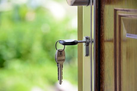 The benefits offered by residential locksmith for the safety and security of your loved ones