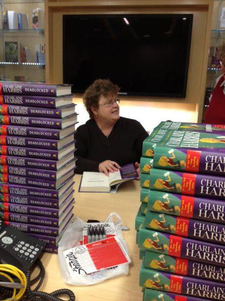 "Charlaine Harris ""Deadlocked"" signing"