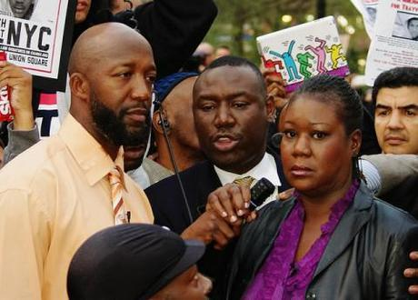 Civil rights activists call foul on Trayvon Martin 'smears' as leaked police report claims slain teen attacked George Zimmerman