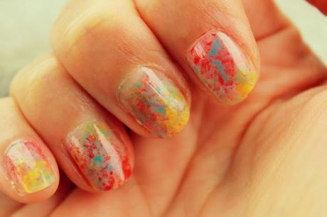 Sponge Painted Nails Tutorial