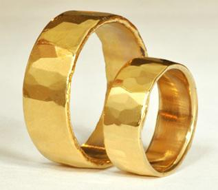 Wedding Ring Style Guide: 2012 Edition – Guest Post by Roman Sharf of Luxury Bazaar