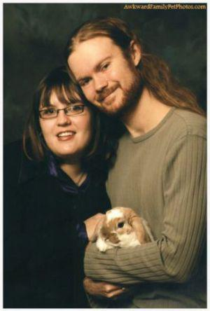 13 Awful Easter Bunny Family Photos