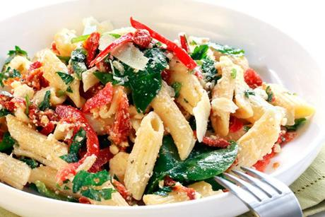 MOKAPINK-Red-peppers-pasta-salad