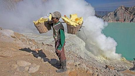 The Deceptive Beauty Of Indonesia's Deadly Acid Volcano