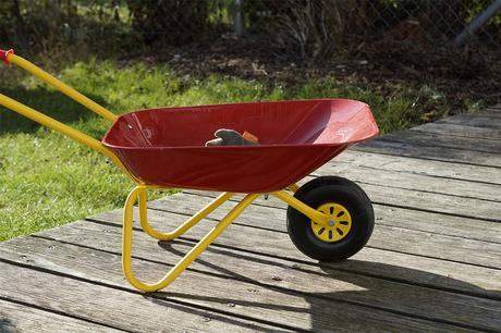 Tips on Maintaining Your Gardening Wheelbarrow