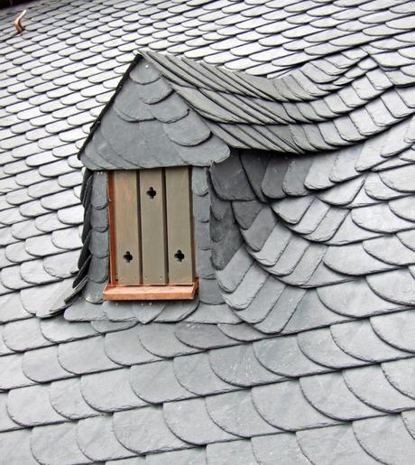 slate tiles roof