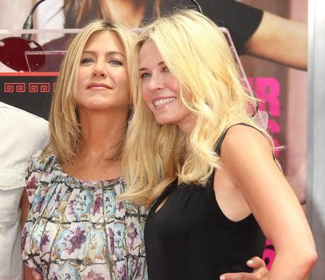 """Jennifer Aniston might not be tight with Chelsea Handler anymore"" links"