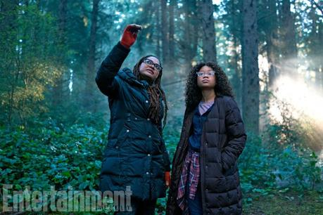 """FIRST LOOK: OPRAH WINFREY, REESE WITHERSPOON & MINDY KALING IN """"A WRINKLE IN TIME"""""""