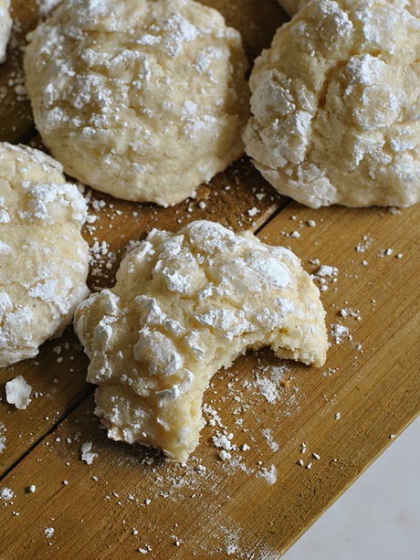 moist lemon ricotta cookies
