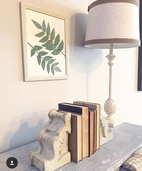 How To Decorate With Old Books Paperblog