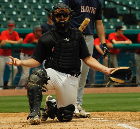Tip for catchers to help their coach on close pitches
