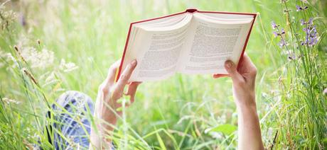 BOOKS & MORE BOOKS - SUMMERTIME READS