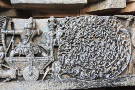 DAILY PHOTO: Elaborate Carvings of Hoysaleshwara Temple