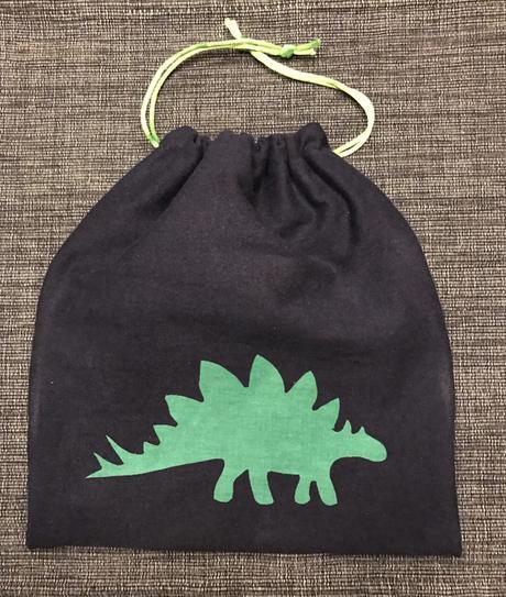 Easy DIY: Dino Snack Bag