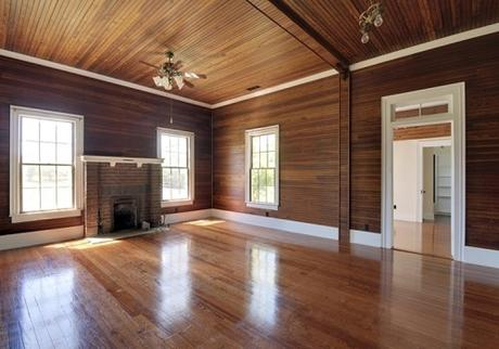 What Are the Benefits of Wood Panelling?