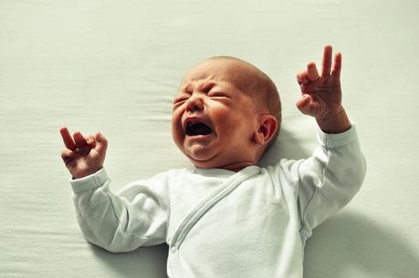 BioGaia Probiotic Drops Help Colic in Babies