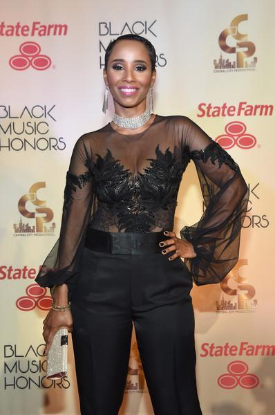 Pics: Rickey Smiley, LeToya Luckett, Bobby Jones, Karen Clark Sheard Black Music Honors Red Carpet