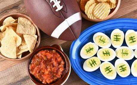 How To Turn Football Party Leftovers Into DIY Beauty Recipes