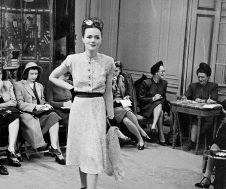 Hattie-Carnegie---spring-fashion-1945