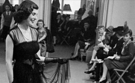 Hattie-Carnegie---spring-fashion-1945b