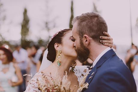 beautiful-rustic-wedding-in-cyprus-14