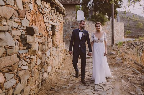 beautiful-rustic-wedding-in-cyprus-2