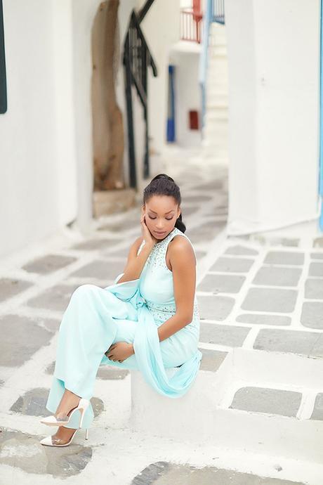 Gorgeous fashion shoot in Mykonos