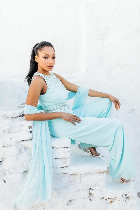gorgeous-fashion-shoot-in-Mykonos-7