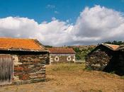 Scenes From Quintandona, Schist Village