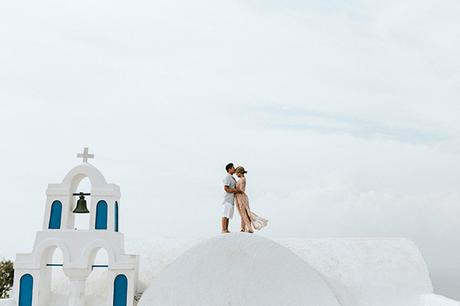beautiful-anniversary-shoot-santorini-4