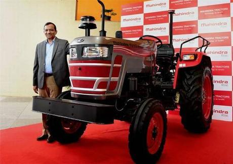 Driverless Tractor Launched By Mahindra Group @MahindraRise