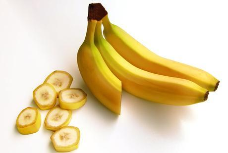 bananas-fruit-carbohydrates-sweet-38283