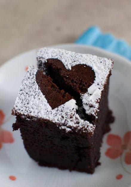 MOUTH WATERING BAILEYS CHOCOLATE CAKE