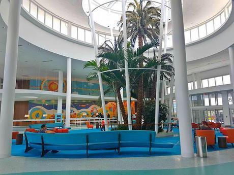 Hotel Review - Universal's Cabana Bay Beach Resort, Orlando, Florida.