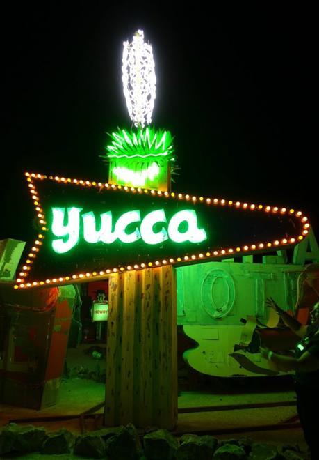 Las Vegas neon sign. Details at une femme d'un certain age.