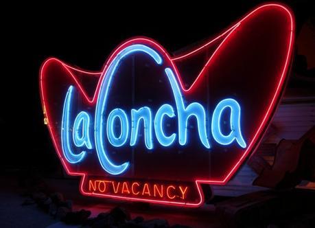 La Concha vintage neon sign, Las Vegas. Details at une femme d'un certain age.