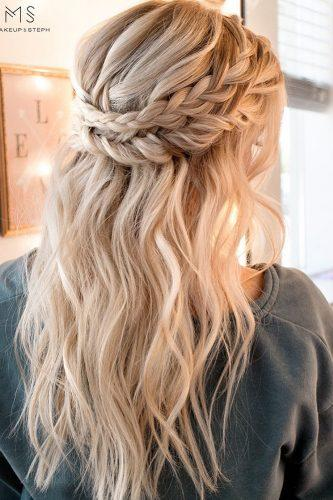 30 Overwhelming Boho Wedding Hairstyles