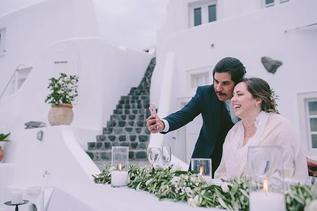 beautiful-destination-wedding-in-santorini-_30