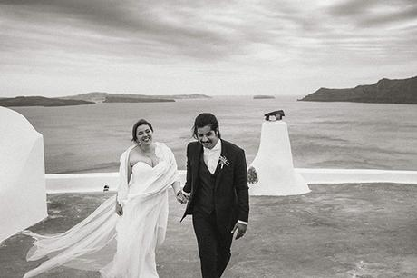 beautiful-destination-wedding-in-santorini-_3