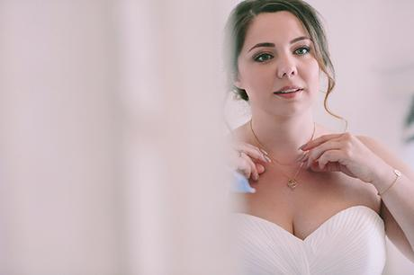 beautiful-destination-wedding-in-santorini-_11