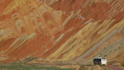 Travel Guide: Rainbow Mountains