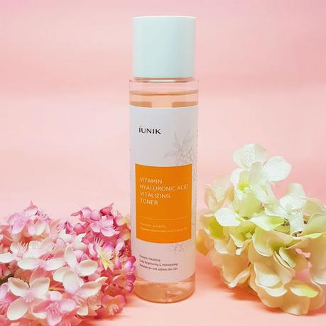 iUnik Vitamin Hyaluronic Acid Vitalizing Toner Review