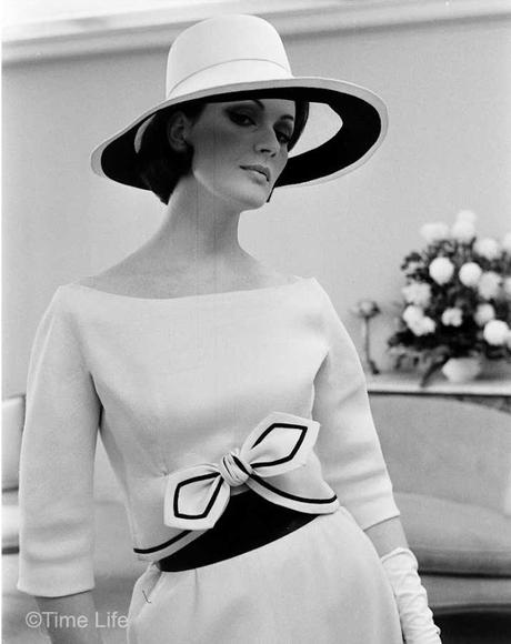 Paris-Fashion-copies-in-New-York-1962