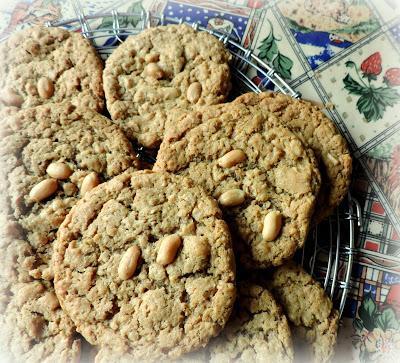 Oaty Peanut Butter Cookies