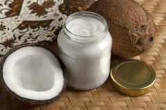7 Coconut Oil Health Benefits