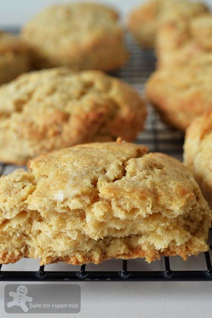 maple oatmeal wholemeal scones