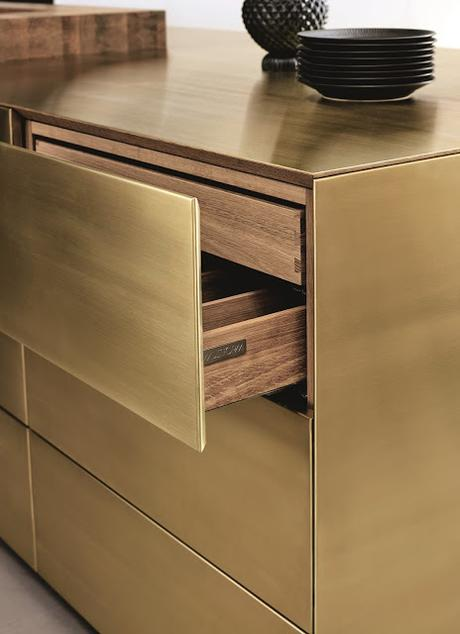 Trend Alert: Brass in the kitchen on a large scale