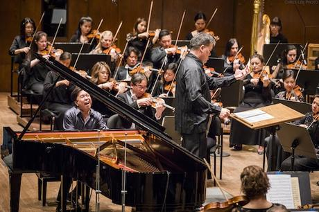 Concert Review: A Calmer, Simpler, More Nervous Time