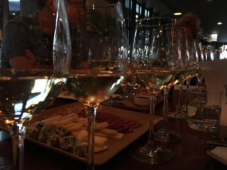 Enoversity: The Best Wine Tasting Class in Chicago